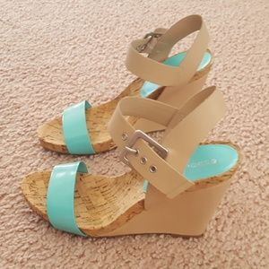 NWT BCBG Tan Teal Adjustable Wedge Heel Sandals